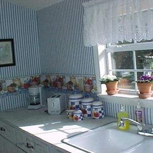 CT Kitchen.JPG